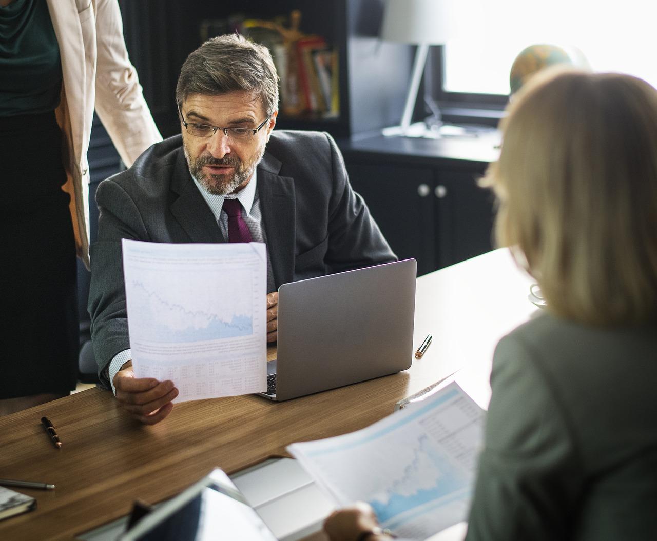 給付 税務 調査 持続 金 化